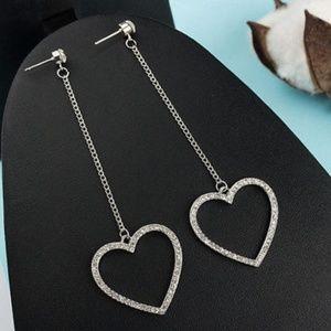 Jewelry - Dangle Heart Earrings.